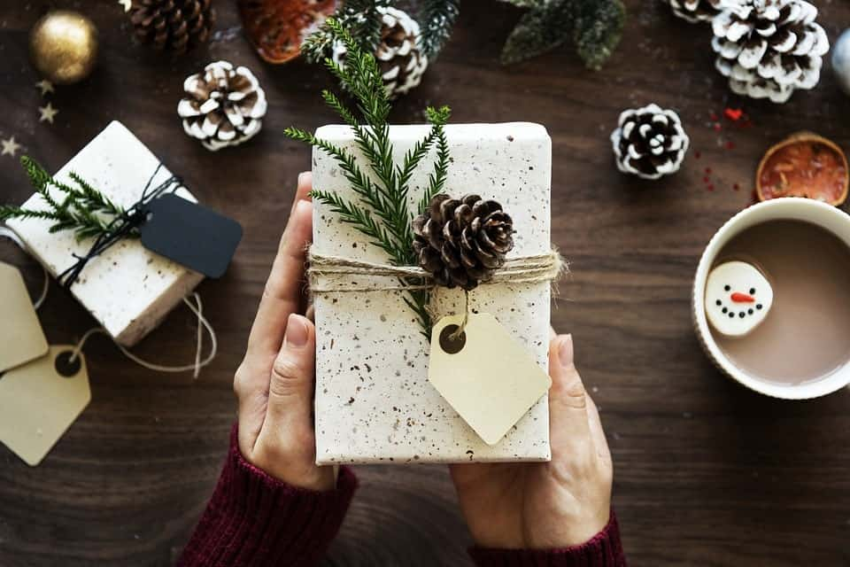 Practice Minimalism This Christmas