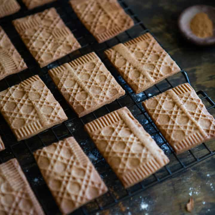 Dutch spiced biscuits
