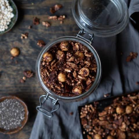 Sugar-Free Chocolate & Hazelnut Granola (Vegan and GF)